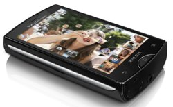 Xperia mini, el smartphone con la cmara de video HD ms pequea del mundo